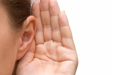 Escuchar, orar y discernir: tres actitudes claves para el Sínodo